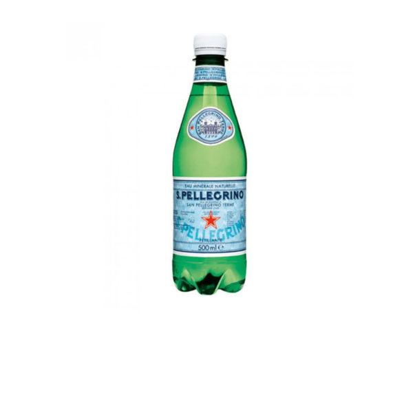 Petite bouteille d'eau gazeuse